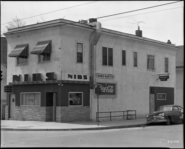 Nib's Bar