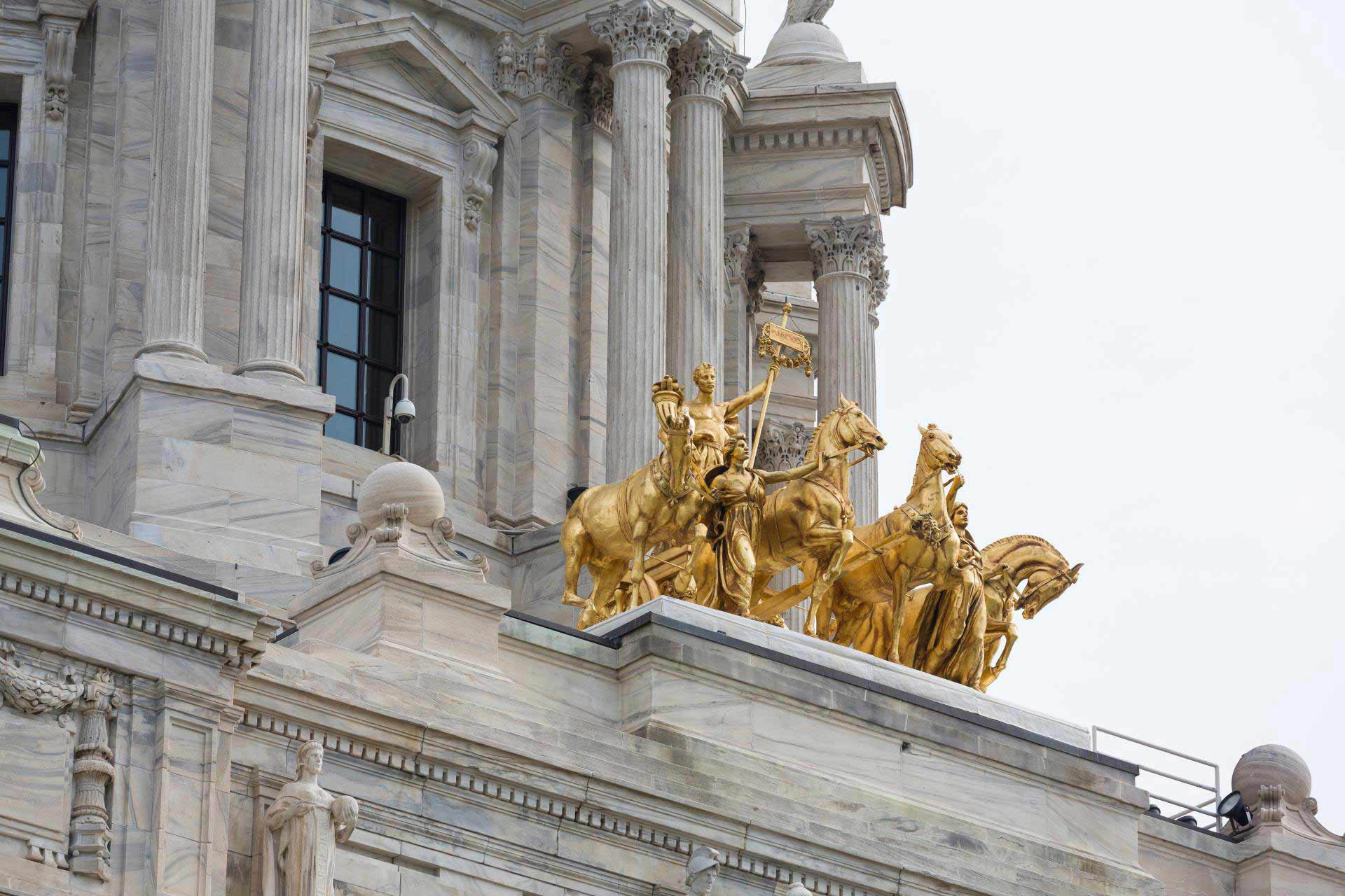 A side view of the Quadriga
