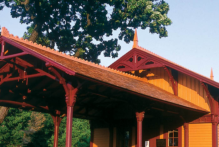 Minnehaha Depot in late afternoon sunshine.