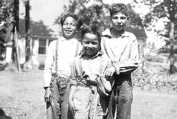 Mille Lacs band of Ojibwe.