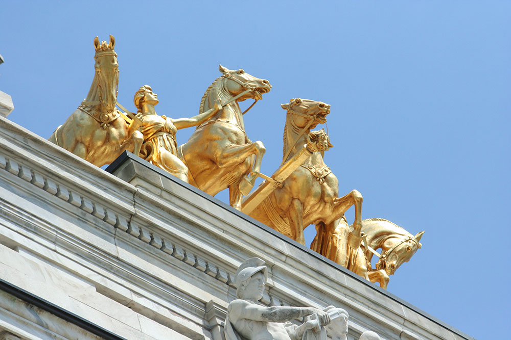 The Quadriga sculpture (golden horses), viewed from below