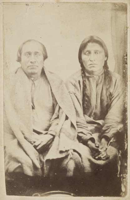 Sakpedan and Wakan Ozanzan at Fort Snelling, 1864. Source: MNHS Collections.