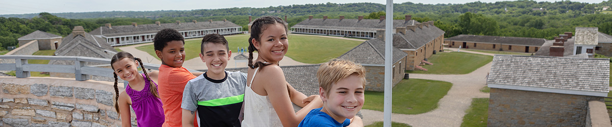 Students looking at Fort Snelling.