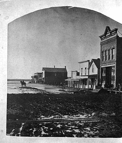 Photo of downtown Marshall, 1881.