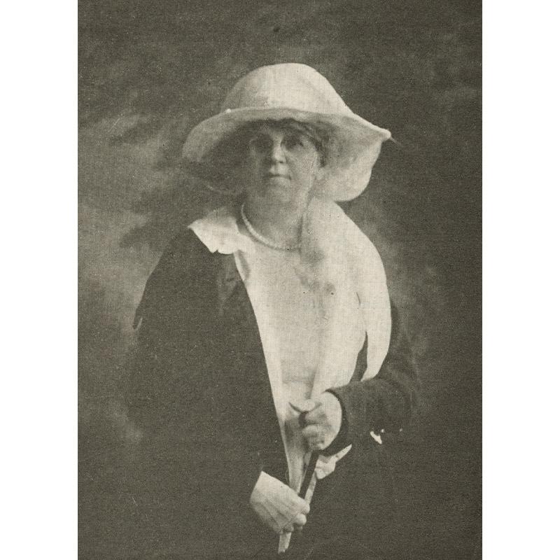 Jenova Martin.