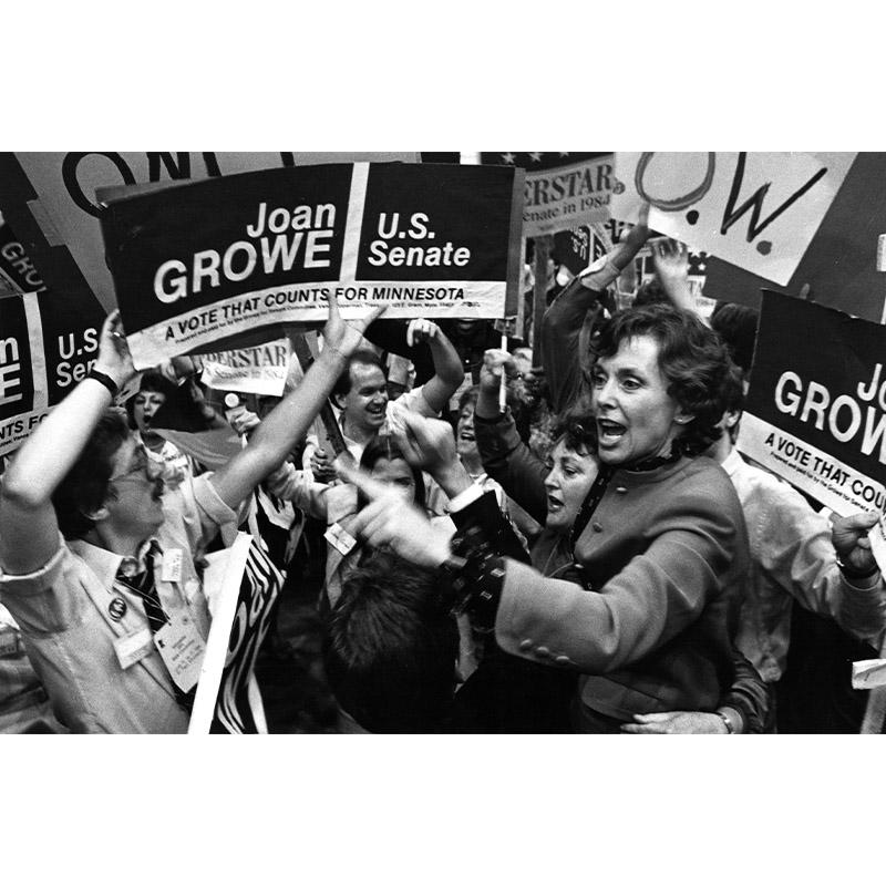 Joan Growe celebrates endorsement, 1984.