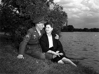 Soldier on leave with his girlfriend, 1944. Loc. no. E448.251 p2