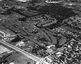 Photo: Aerial, Oak Ridge Country Club and surrounding area, Hopkins, 1959.