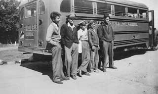 Mille Lacs students leaving for Pipestone Indian School, 1940.