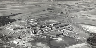 Photo: 3M Chemolite Plant at Hastings, ca. 1955.