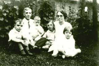 The Dean family, 1928.
