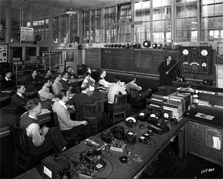 Photo: Radio class, Dunwoody Institute, Minneapolis, 1943.