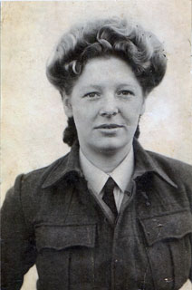 Lee Sworsky, in her British Women's Auxiliary Air Force uniform, ca. 1945.