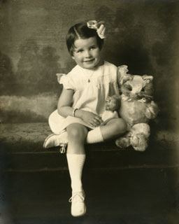 Photo: Marjorie Jean Pelton, ca. 1934.