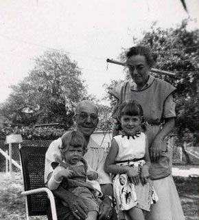 Denise and Leslie Breton with their Dean Grandparents, ca. 1950s.