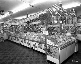 Fruit display, Red Owl Store, 6601 Nicollet Avenue, Richfield, 1956.