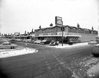 Photo: Miracle Mile shopping center, St. Louis Park, 1955.