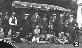 St. Paul Daily News newsboys pick apples for those in need, 1925.