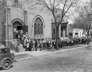 People waiting to get into Olivet Methodist Church, V-E Day, 1945.