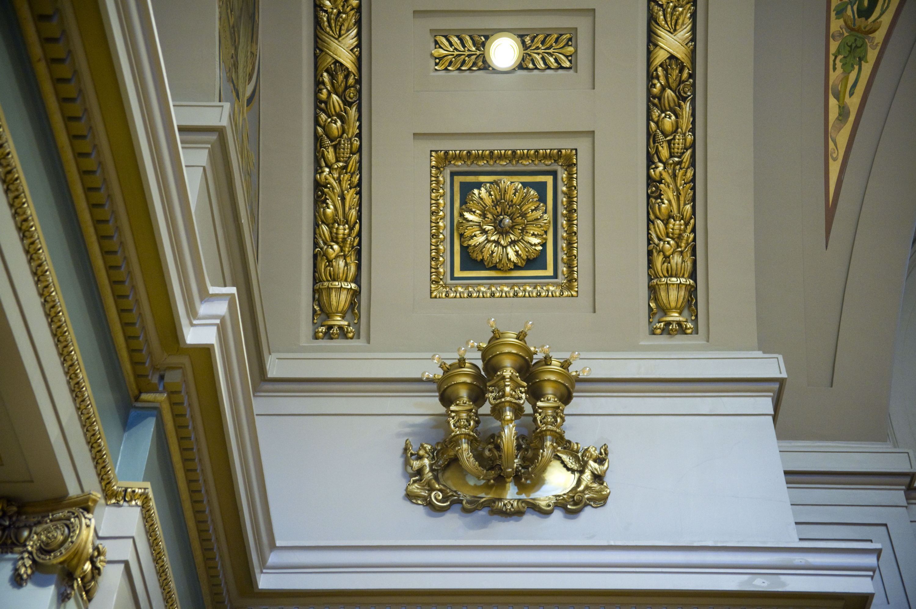 Sconce and ceiling, photo by Tom Olmscheid