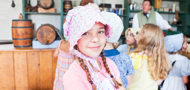 girl wearing a bonnet