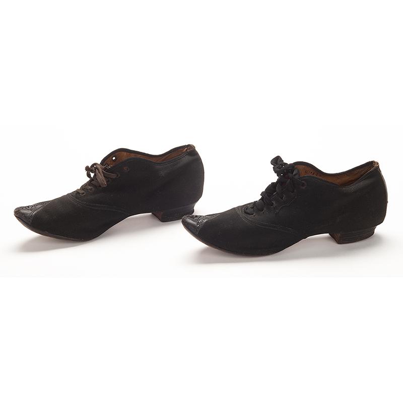 Shoes, Gratia Countryman, 1889.