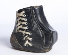 Tom Dempsey kicking shoe