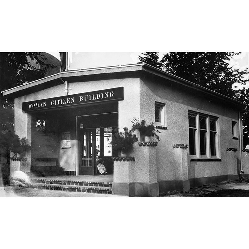 Woman Citizen Building, 1917.